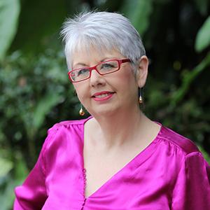 Julie Davis Team Member